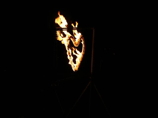 drachengold-licht-und-feuershow-16