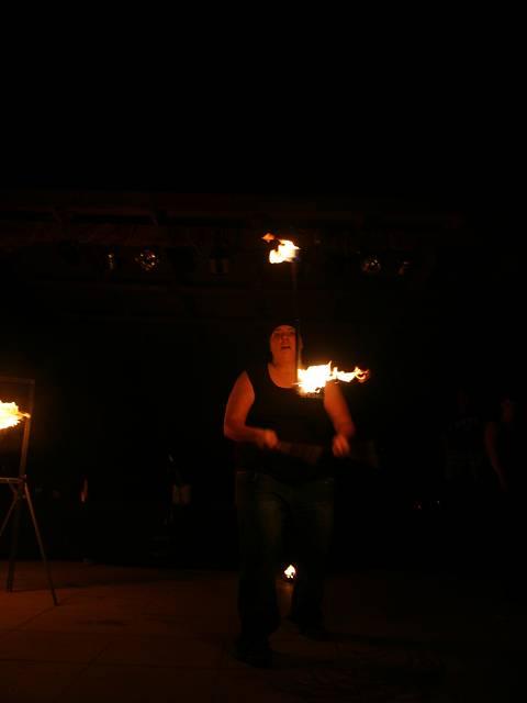 drachengold-licht-und-feuershow-5